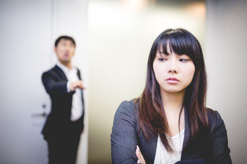 社長や上司にセクハラ被害を伝えたのに何も解決してくれない時にすべき3つのこと
